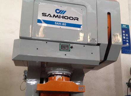 合理布置高速冲床的全稀油润滑冷却系统